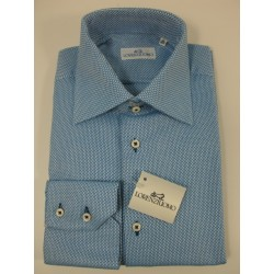Camicia slim collo due bottoni